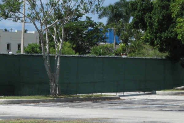temporary construction fence north naples